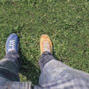 Die Driver Schlagweiten sind ungefähr so genau wie die Farbwahl der Schuhe auf diesem Bild